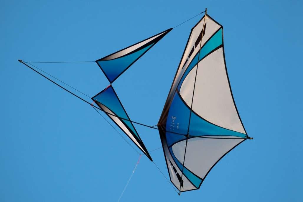 Raffle: Prism Light Wind Package Raffles American Kitefliers Association (AKA)